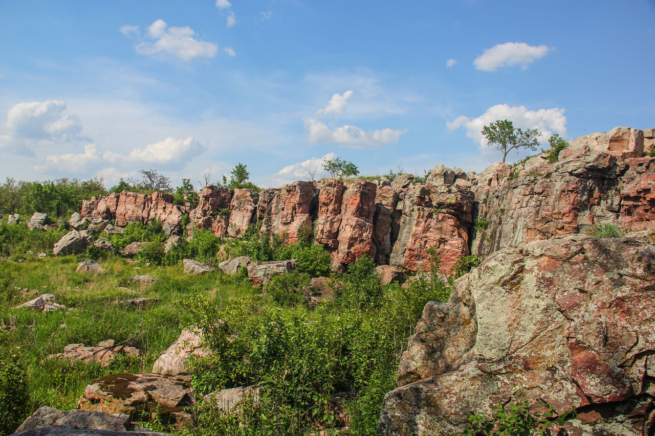 Rock wall Beauty In Nature Blue Sky Canon60d Canonphotography EyeEm Gallery Geology Green Landscape Pipestone Pipestone National Monument Plant Rock Rock Formation Rock Outcrop Sioux Quartzite Stone Summer Tranquil Scene Tranquility Tree