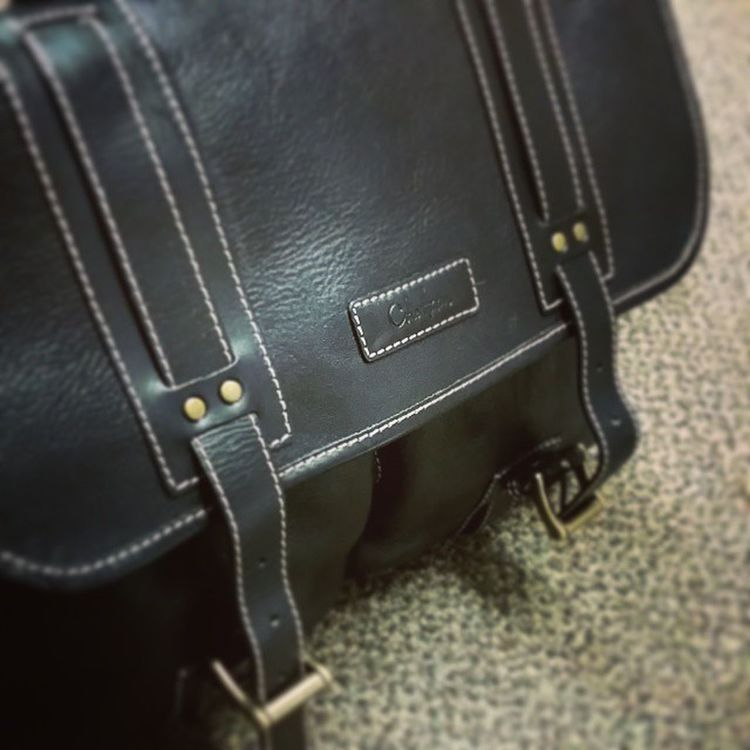 New work Messengerbag Colehaan Satchel  the world is a better place. Only a decade after my last one was stolen