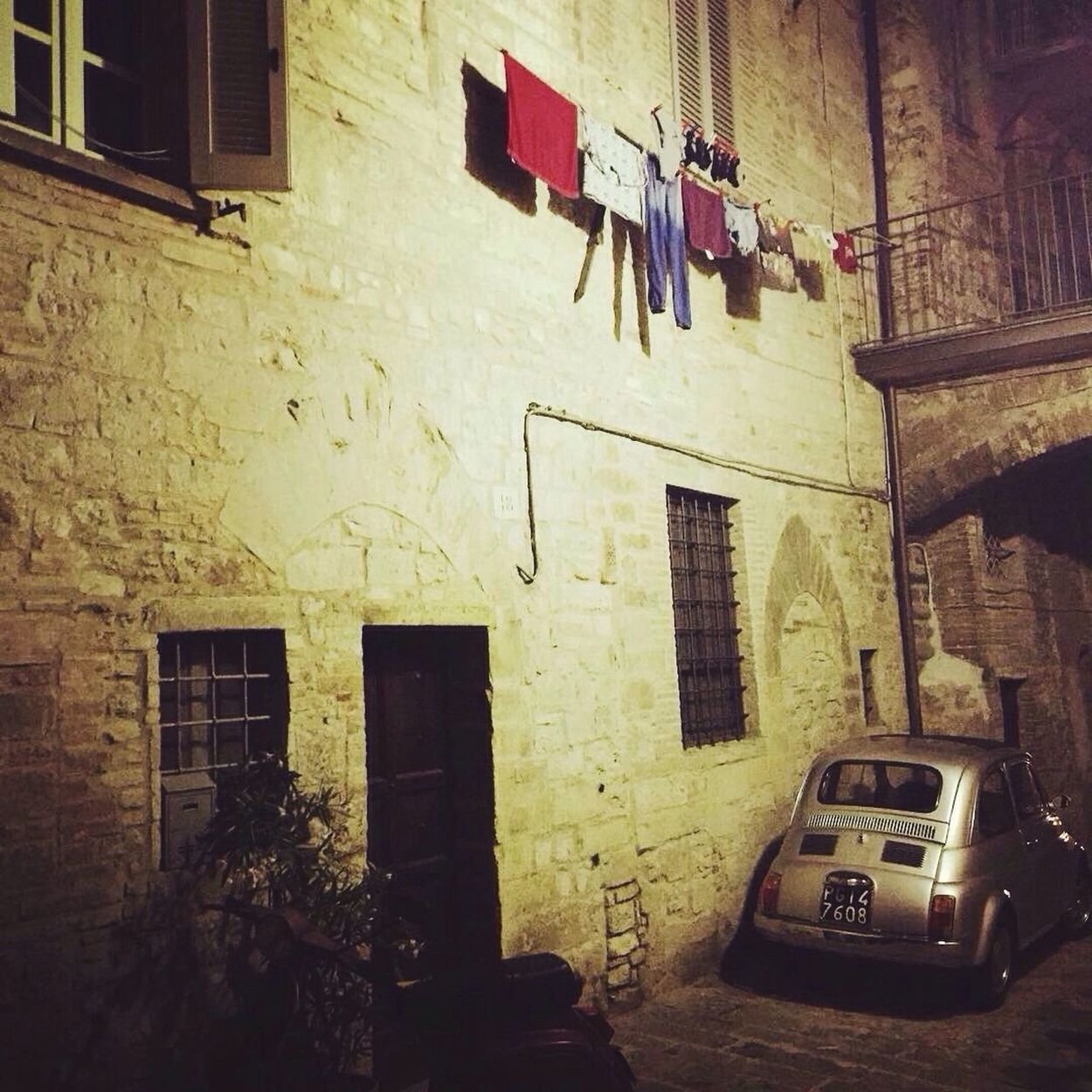 Hidden places Italy❤️ Gubbio Umbria Oldcity Fiat500 Drying Laundry Battle Of The Cities