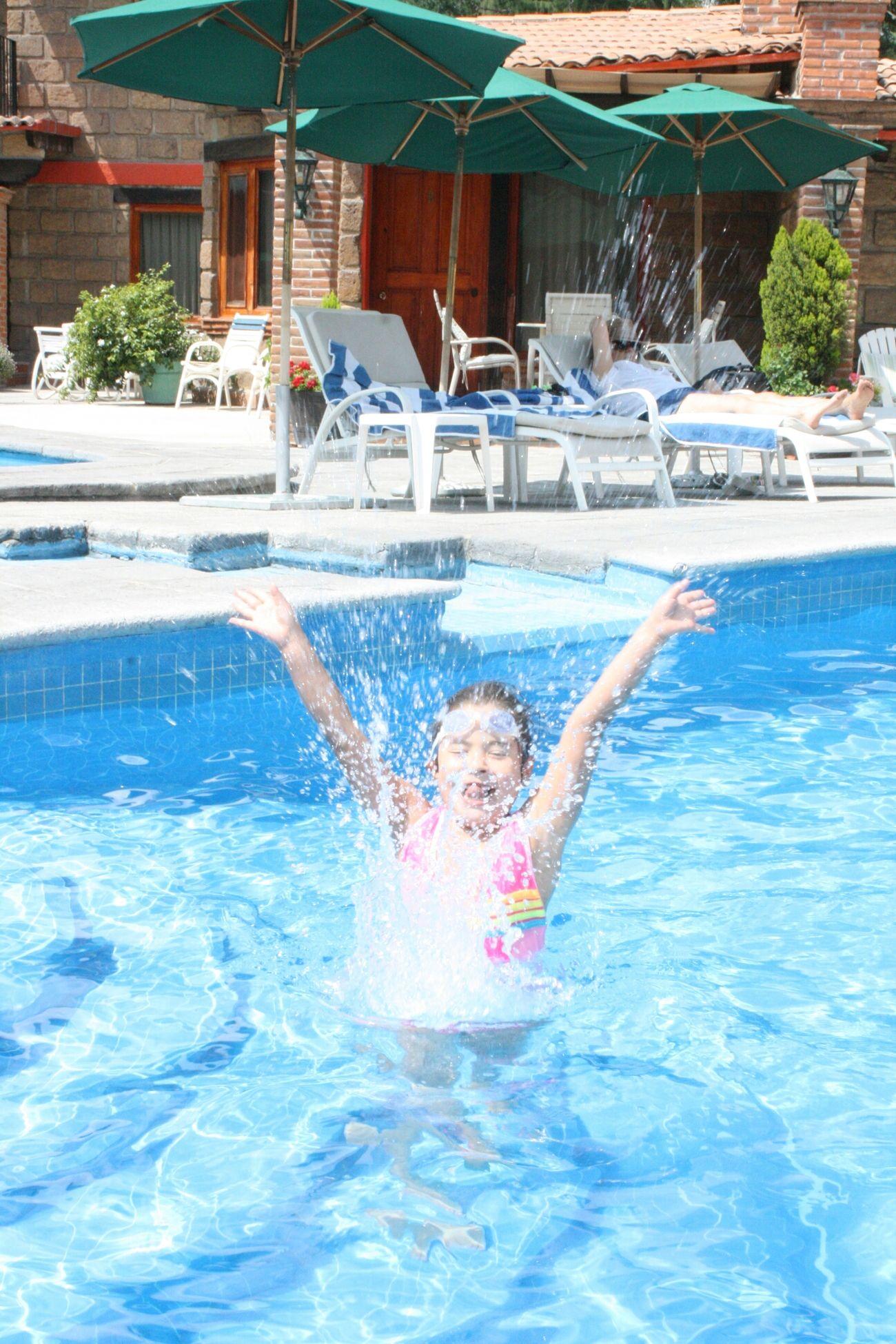 Wonhglück Playing With Water Fun!!