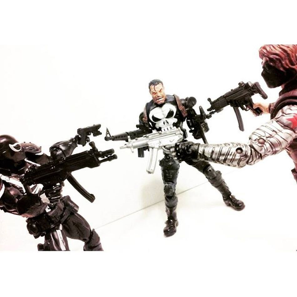 """""""Well,..looks like we got ourselves here a little mexican stand off"""" ThePunisher Agentvenom Thewintersoldier Frankcastle Spiderman Venom Toycrewbuddies Toycollection Toycommunity Toyphotogallery Toyphotography Marvellegends Toys4life Toysartistry Toyelite Toygroup_alliance Toyscrewbuddiesusa Toystagram Toyslagram Toylover Toyporn Articulatedcomicbookart Actionfigurephotography Actiontoyart Infiniteseries figurecollector toysaremydrugs anarchyalliance grownmenplayingwithtoys actionfigureoutcast"""