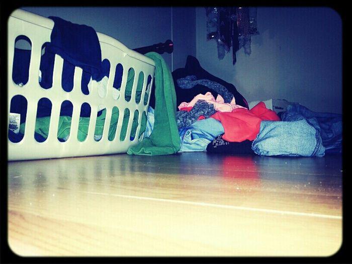 damn, I need to clean my closet..