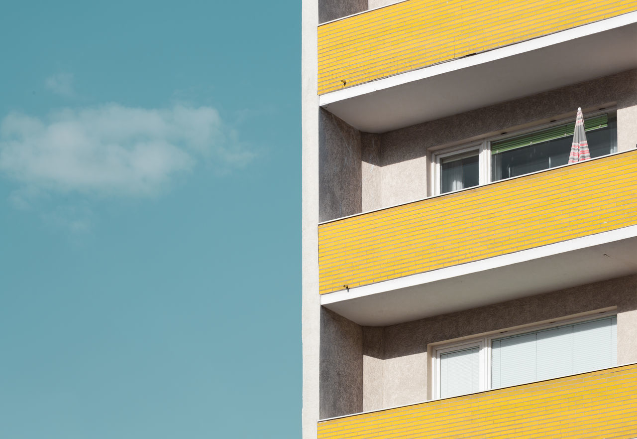 Beautiful stock photos of architecture,  Balcony,  Berlin,  Blue,  Building Exterior