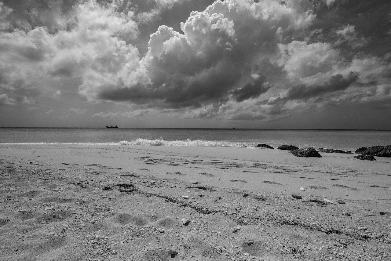 Clouds Speak Beach Beauty In Nature Bimini Cloud - Sky Day Dramatic Sky Horizon Over Water Nature No People Ocean View Outdoors Photographyisthemuse Sand Scenics Sea Sky Storm Cloud Tranquil Scene Tranquility Travel Destinations Travel Photography Water