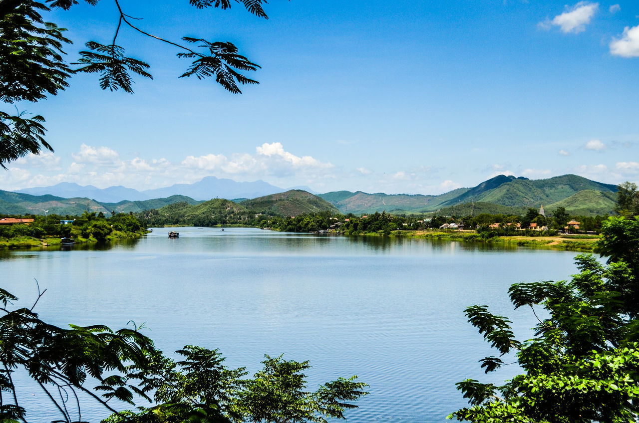 Sông Hương Beauty In Nature Blue Day Growth Huong River Huế Idyllic Lake Lanscape Photography Mountain Mountain Range Nature Ngu Mountain No People Outdoors Reflection Scenics Sky Sonjewel Sonjewelphotographer Tranquil Scene Tranquility Tree Vietnam Water