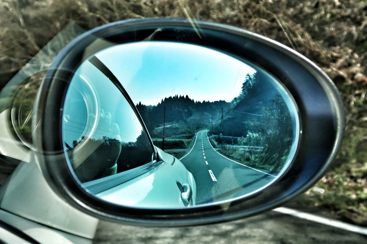 Reflection Glass - Material Side-view Mirror Close-up Car Vehicle Mirror Day Outdoors Tree Winding Road 空 道 ロードスター マツダ クルマ Mazda MX-5 Miata Beautiful Road Beauty In Nature Nature Beautiful Road Tree Winding Roads