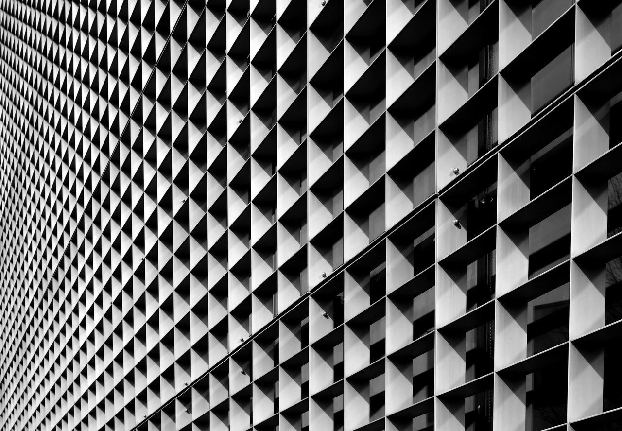 pattern full frame Architecture built structure Low angle view no people building exterior backgrounds repetition Modern day close-up outdoors aluminum chrome design Desktop Futuristic geometric Grid Iron metallic net no person steel Welcome to Black