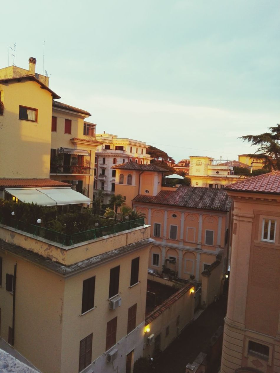 Architecture Building Exterior Built Structure Window Cityscape Rome Italy Rome Italy🇮🇹 House Old Town Residential Building Balcony Rome, Italy Rome Street Roma Caput Mundi Romantic❤ Eyeam Take Photo Pratography EyeEm Gallery EyeEmBestPics Romantic Place EyeEm Best Shots - Nature EyeEm Gallery EyeEmNewHere Rome By Night Rome View Architecture