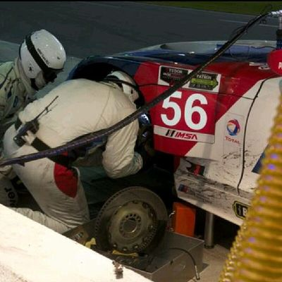 Hour 14! Pit stop under yellow @rllracing @bmwusaracing changes break rotors/calipers/pads on both Bmw Z4 GTLM