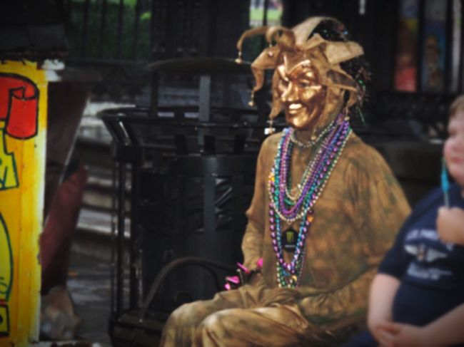 New Orleans Street Performer Frenchquarter Creepy Mask - Disguise City Life Creativity Jackson Square