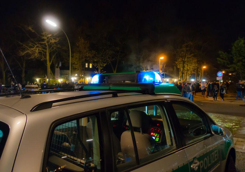 Blaulicht Bluelight Car City Illuminated Night No People Outdoors Police Car Polizei Polizeiauto Polizeieinsatz Transportation