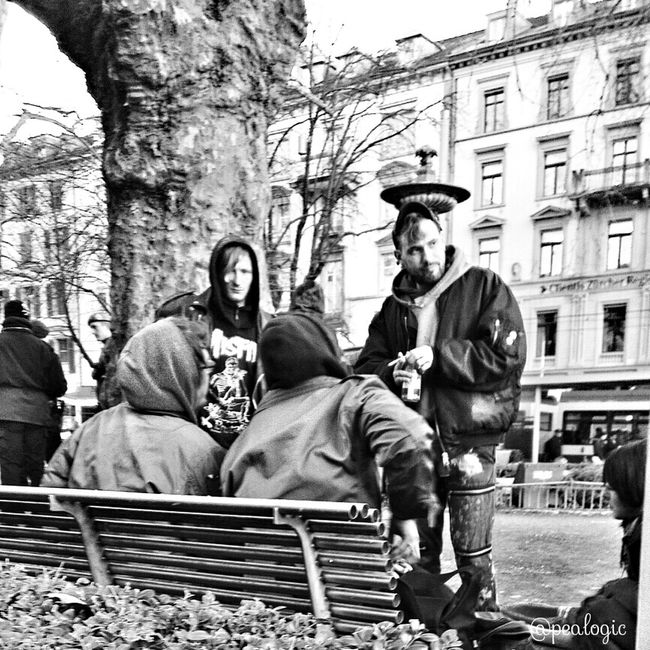 Hanging Out People Watching Blackandwhite Bws_worldwide Eye4photography  Ee_daily Bwstyles_gf Bwsquare Bwstreet Bwstyleoftheday Bws_artist_eu EE_Daily: Black And White