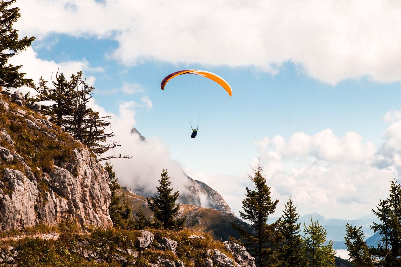 Fluffy Fly | with my DSLR Paragliding Sky Nature Outdoors Parachute Adventure Extreme Sports Mountain One Person Day Miles Away Berchtesgaden Königssee Nature Cloud - Sky Mountains