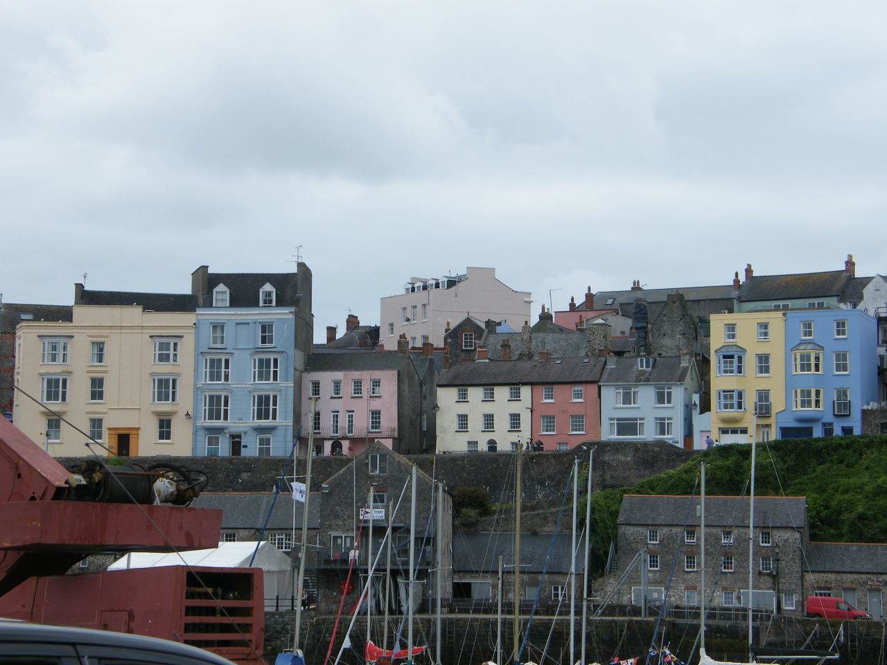 Architecture Building Exterior Built Structure City Coloured Houses Day No People Outdoors Pembrokeshire Pembrokeshire Coast Pembrokeshire Coastal Path Seaside Seaside Town Sky Tenby Tenby Harbour