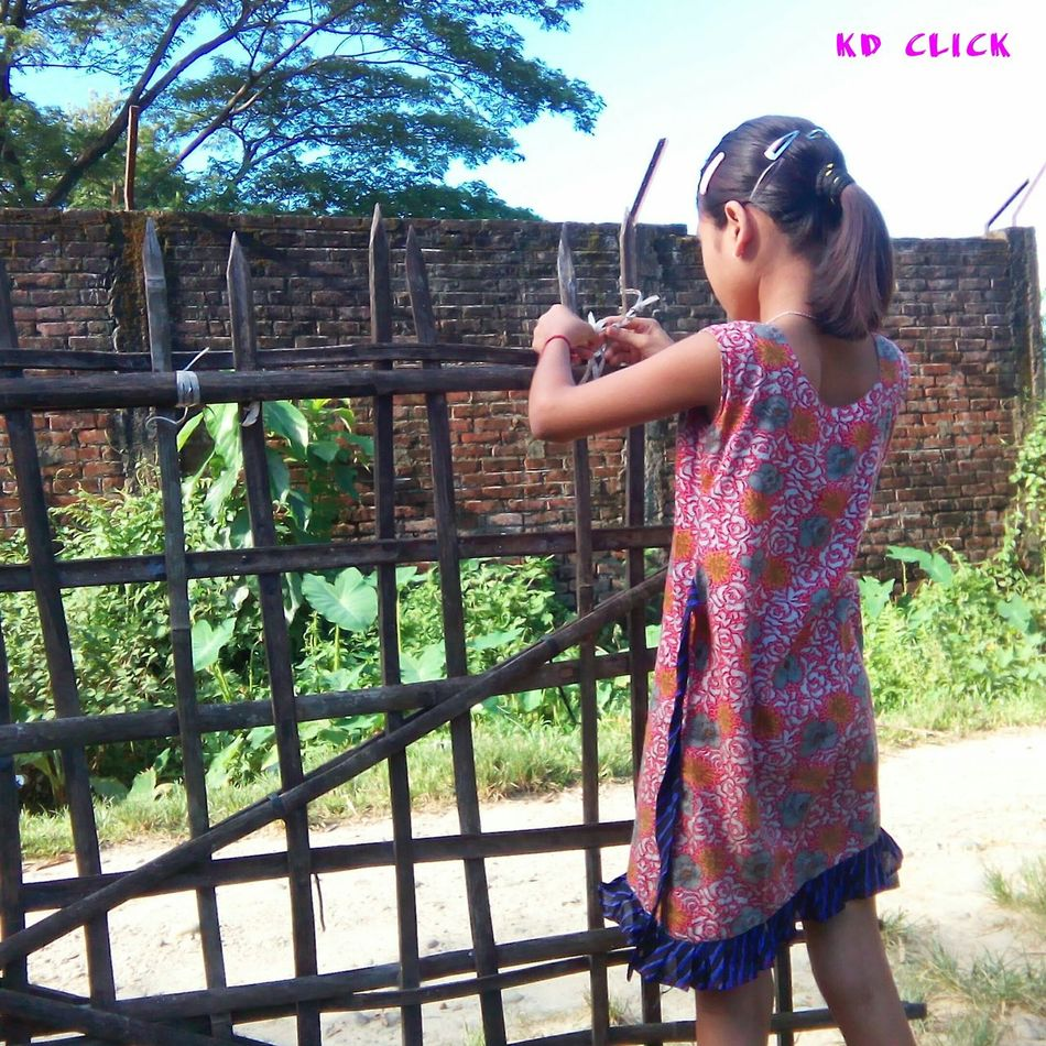 Edit Live To Learn Hello World Getting Inspired Dibrugarh the little girl trying to repair the gate. It's hard work by the princess.