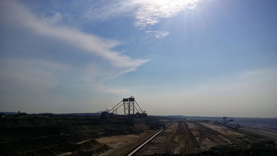 Bagger Braunkohle Cloud - Sky Opencast Mining Sun Sunbeam Sunlight Tagebau