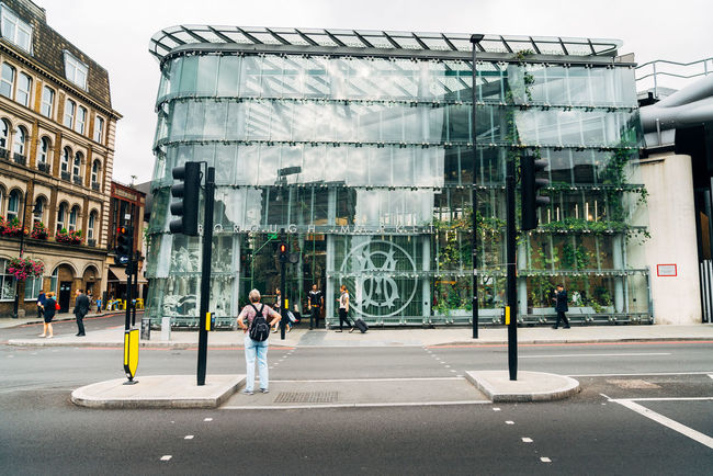 Borough Market Glass Glass Building London Lifestyle Traffic Lights Travlr United Kingdom Woman