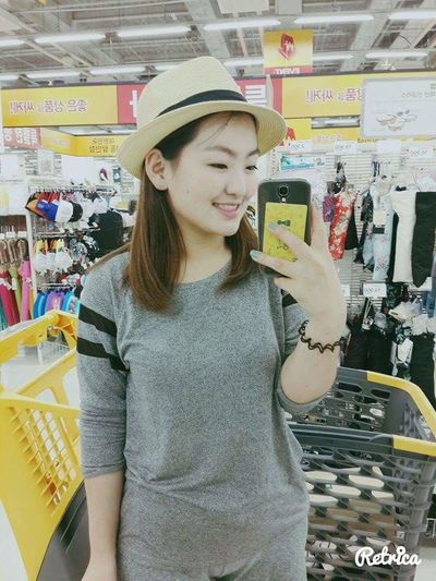 Sunmmer Ilsan  Traveling Shopping ♡ Taking Photos Selfie ✌ That's Me Happy :)