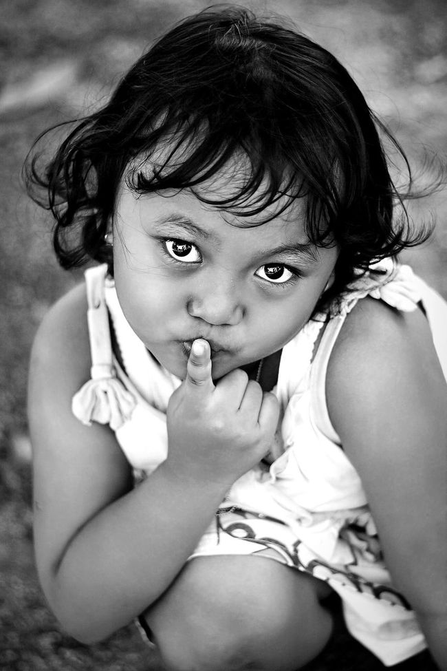 Aliya just couldn't stop it *(*´∀`*)☆ EyeEm Best Shots - People + Portrait EyeEm Indonesia Portrait Bw