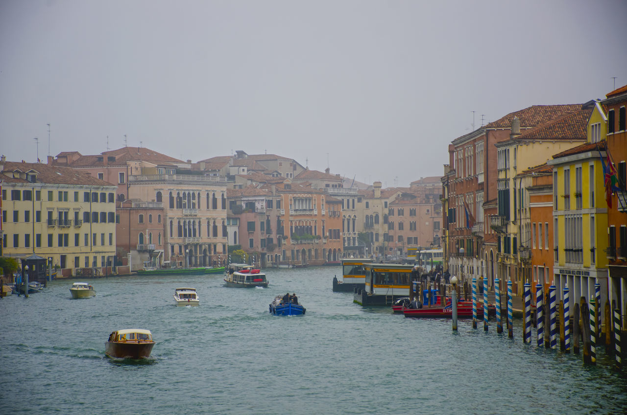 Architecture Canal Cultures Neblina Transportation Transportation Travel Travel Destinations Venice, Italy Water