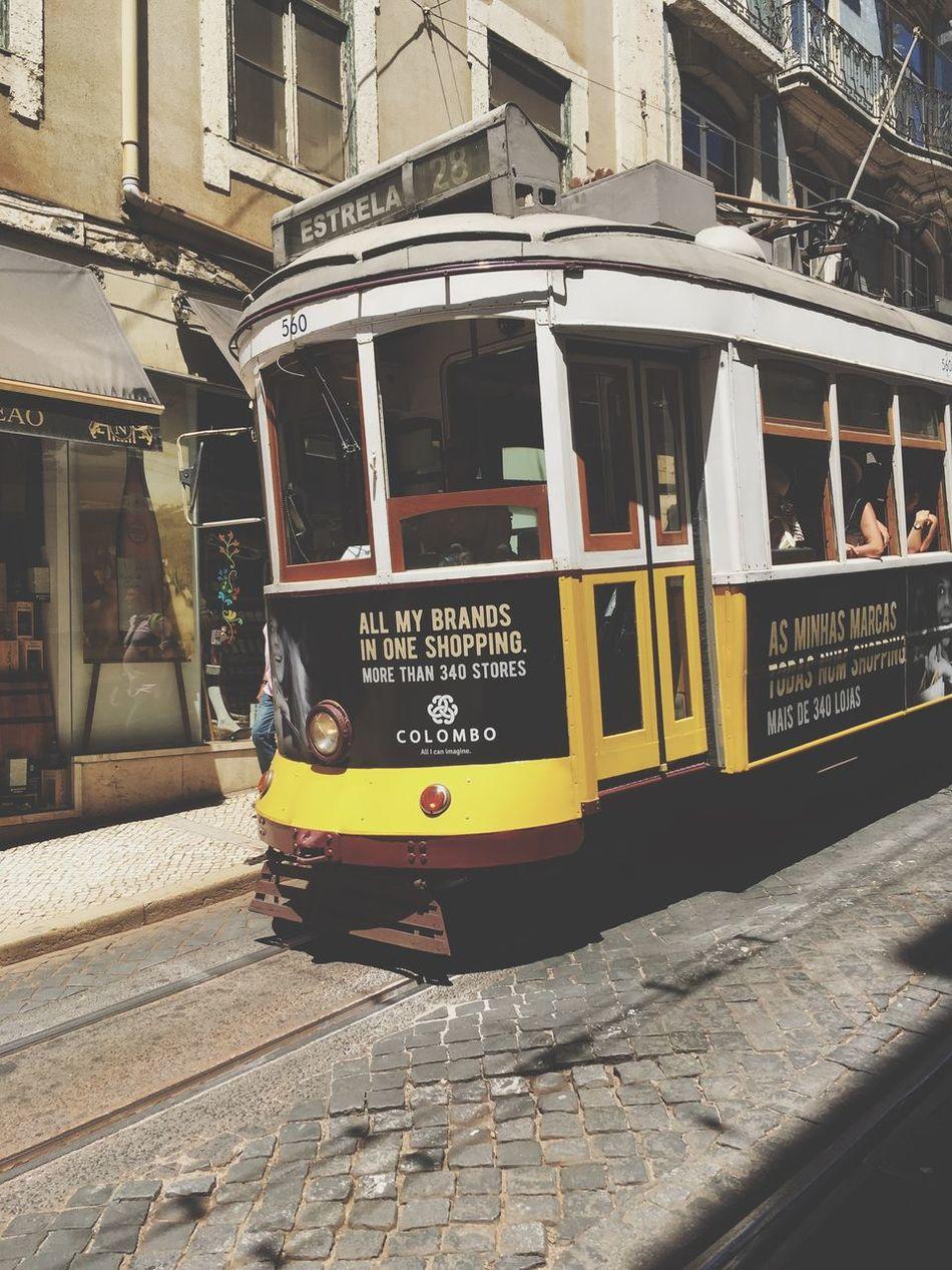 O electrico. Urban Photography Urbanholidays LisbonLight Lisboncolors Old Town Capital City Portuguese Architecture Lisbonlovers Calçada Portuguesa Urbanphotography