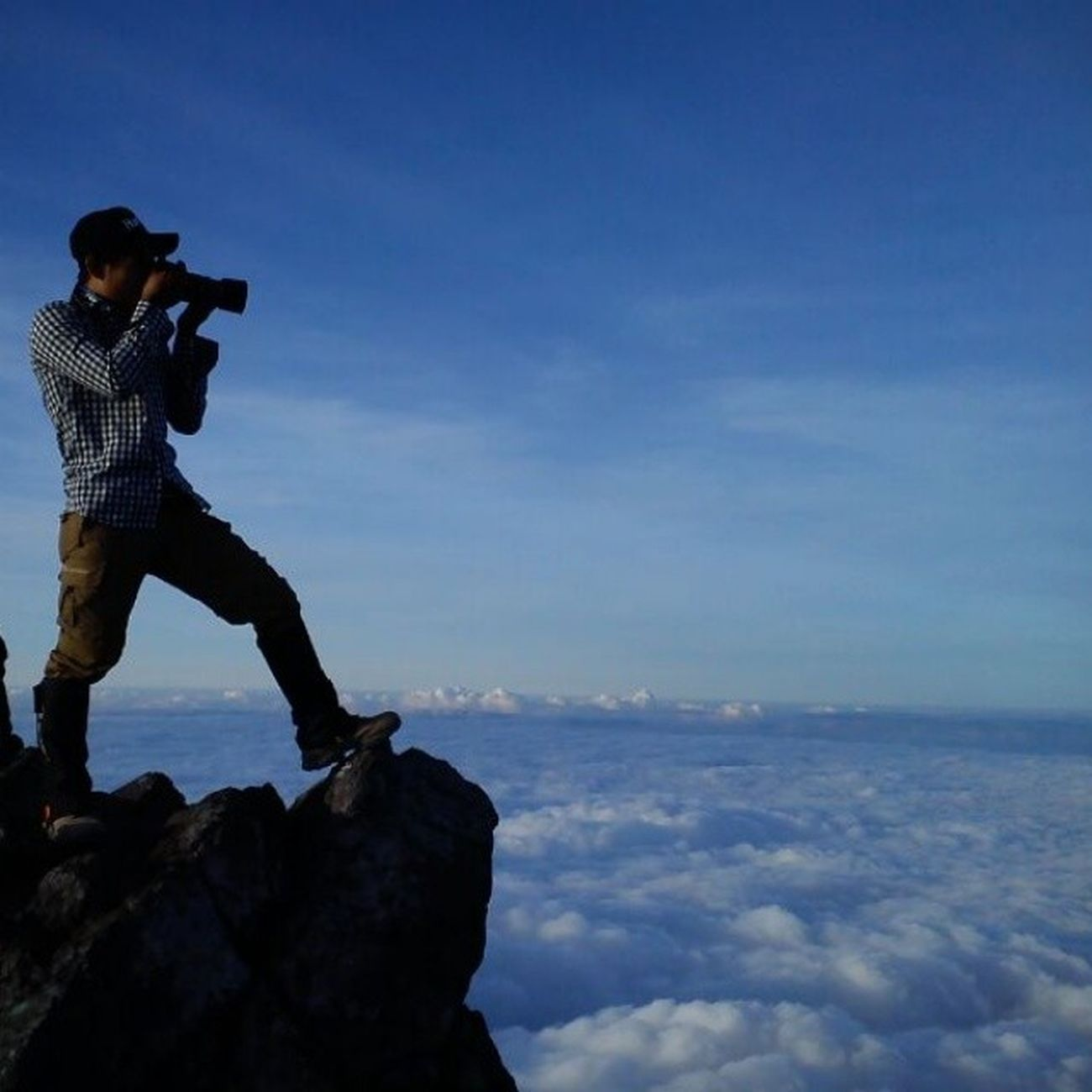 This is my soul my life.... My trip my adventure.... Bestskyshot Bestshot Photography Kameraslrgue naturelovers natureinside instapicture indonesiagetaway framedbynature loveadventure lovenature skyscraper skyhigh skylovers skyland instagallery instanaturefriends instanaturefriends likeforlike like4like