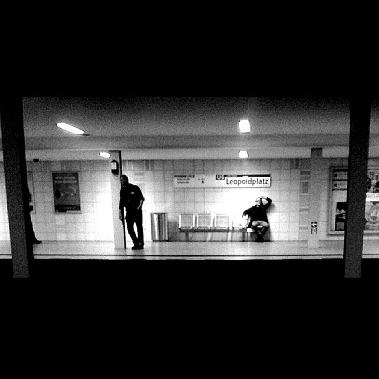 Berliner Untergrund Underground U-Bahn Leopoldplatz U6 Schwarz & Weiß Blackandwhite Black & White Wedding