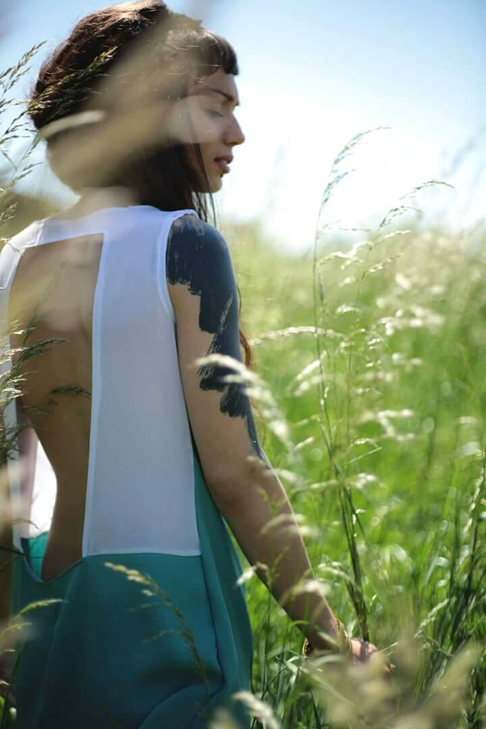 🌴♬❤ Summer Day Nature Grassfield Fashionable Fashionblogger Fashionphotography Tattooedgirls Tattoo Girl Tattooart Blacktattoo Photoshoot Photos Around You Canon_photos Fashionbrand Candybalism First Eyeem Photo