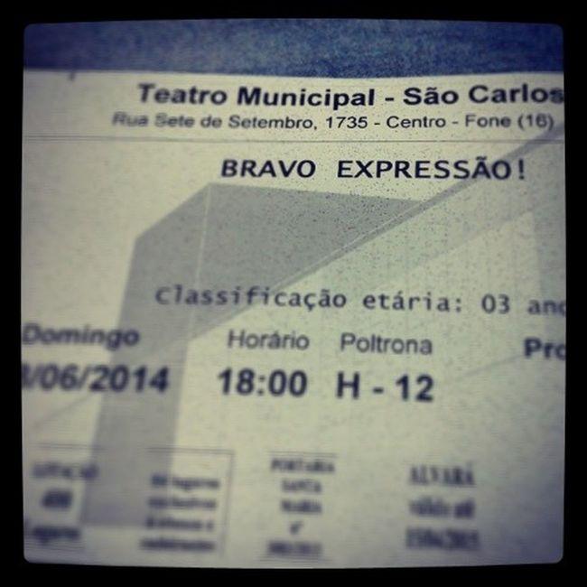 Partiu ver os melhores?? HEUHUEHEUH domingo, dia 08/06/14, às 18:00, no teatro d São Carlos ;D Ballet Jazz Expressão