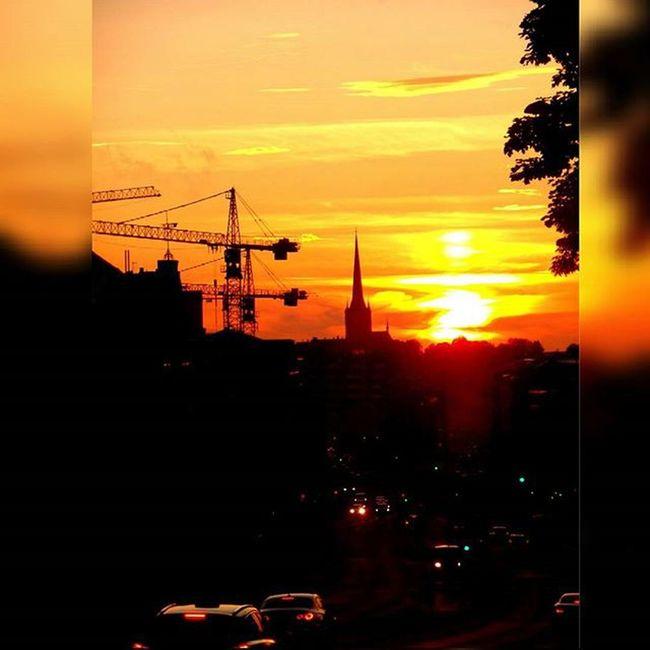 Kesklinn Nofilter Sunset Cranes Church Somethingnew Looksunset