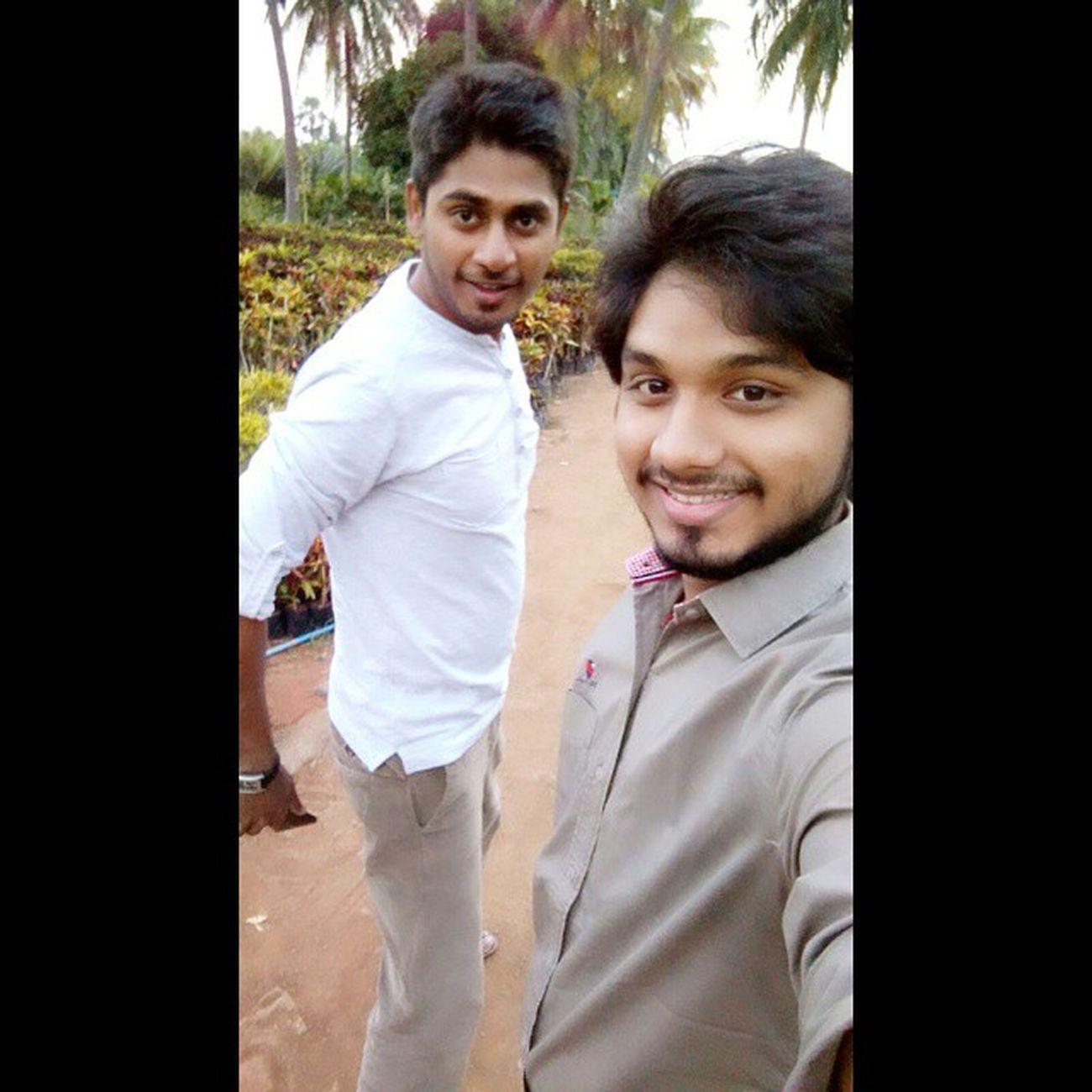 NadeBoy :P MotoX2 Selfie Kadiyam Nursery 16th ;)