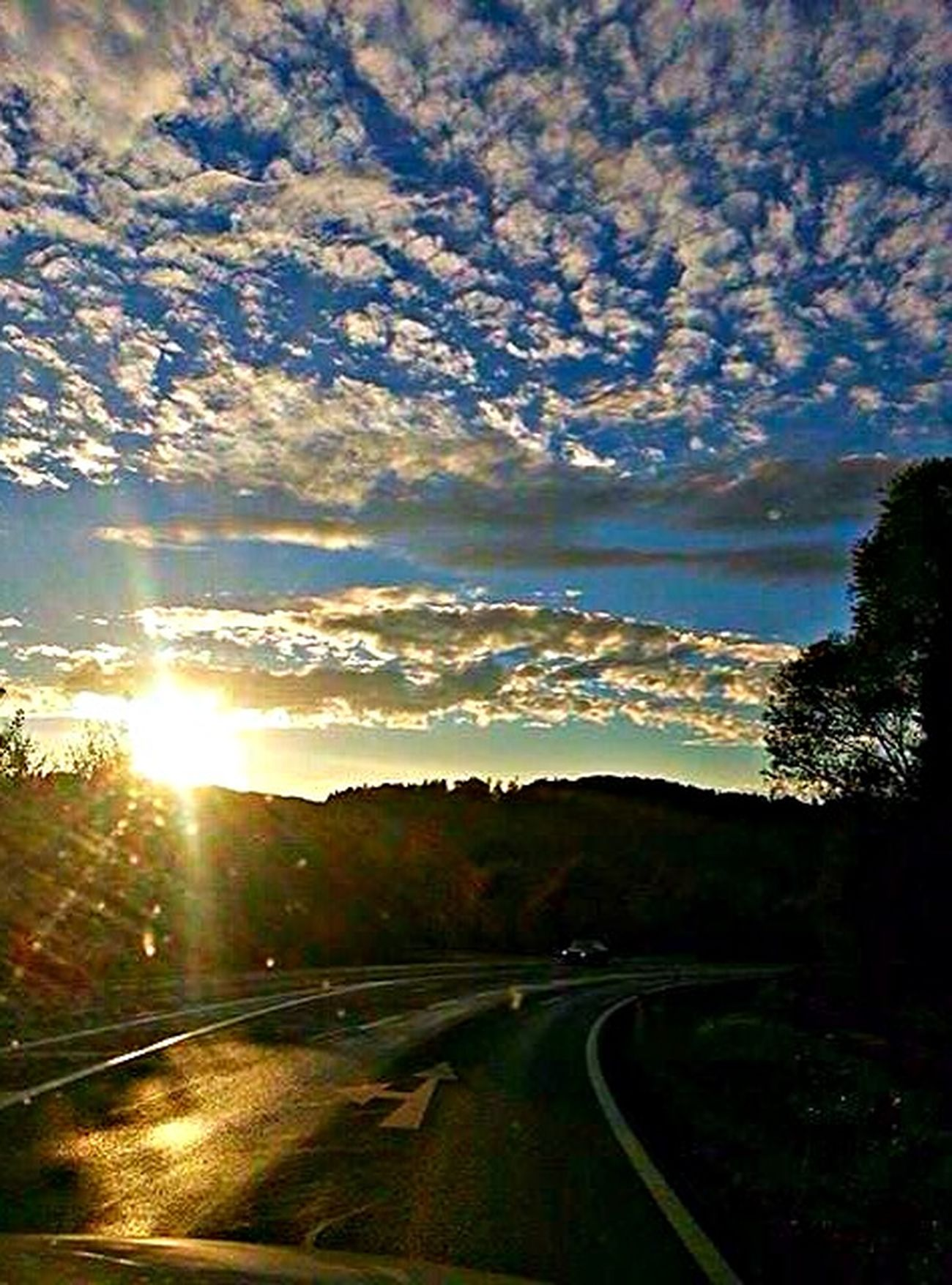 Today's Sunset Skylover Clouds On The Road Follow The Sun #cloud Obsession