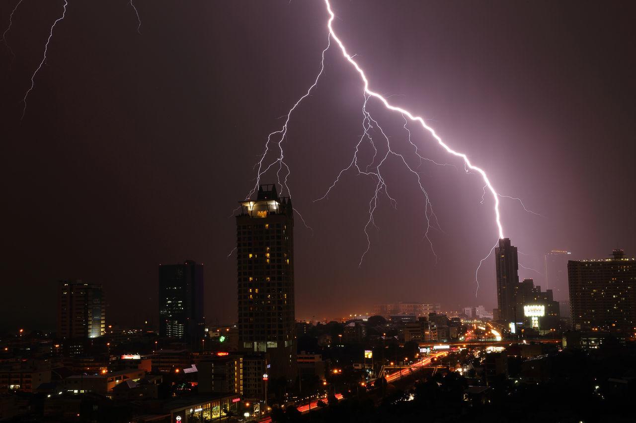 Beautiful stock photos of blitz, Architecture, Bangkok, Building, Building Exterior