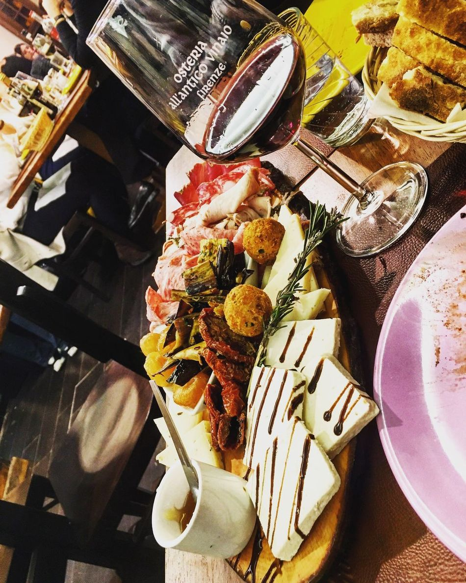 😋🍷 Osteriaallanticovinaio Tagliere Taglieremisto #vino Vinorosso Firenze Food Chianti Chianti Superiore Florence Osteria Anticovinaio