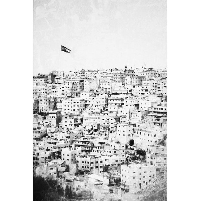 صور_عربية الاردن عمان القلعه انستقرامابيض_اسودالسفررحلتي
