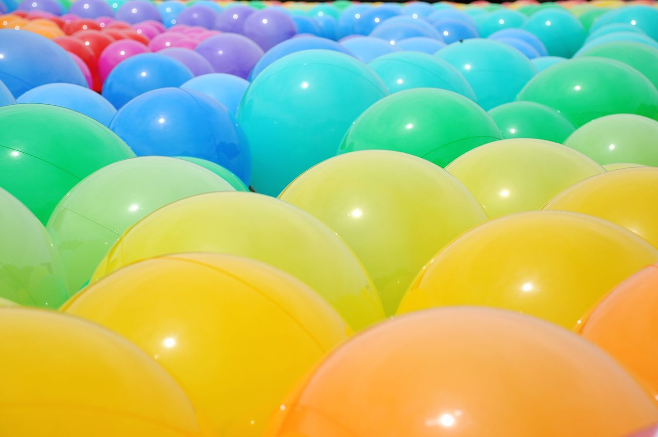 Multi Colored Large Group Of Objects Backgrounds Blue Vibrant Color Balloon Yellow Full Frame Green Color No People Close-up Day