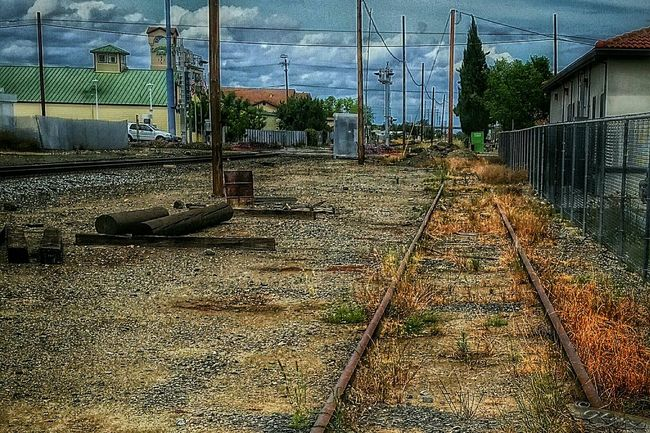Road less taken... Rural America Rural_love Rural Exploration California Love Streamzoofamily Traintracks