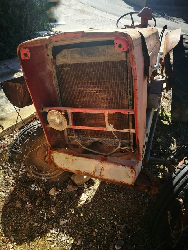 OUT OF ORDER Rusty Tractor Oxidized Metal Oxidation Oxidation Process Textured  Metal Vintage For Sale Shooting Photos