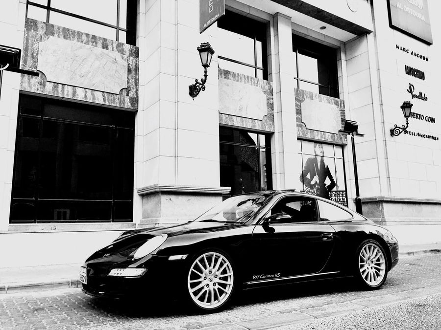 Black Color Wheel IPhone Photography IPhoneography Fashion 911carrera Internet Addiction Porsche 911 Parked Porsche Vehicle Carrera4s Retro Styled Full Frame Blackandwhitephotography