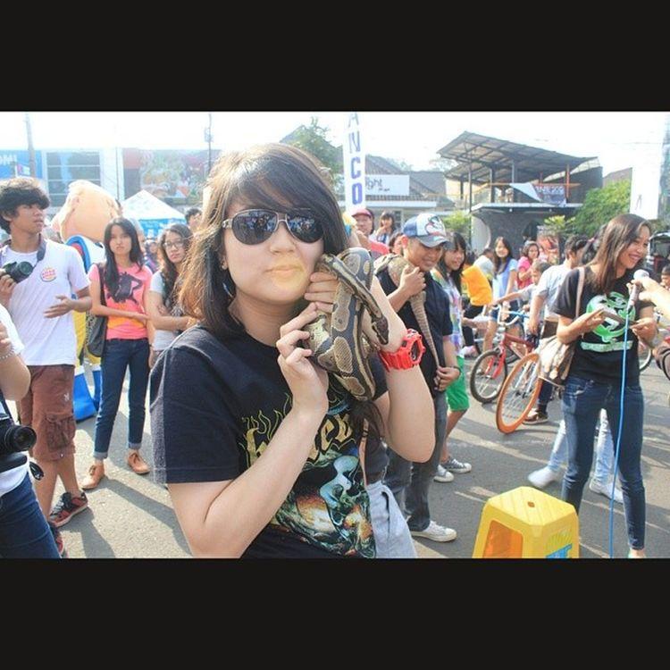 OneMomentInTime Selfie Snake OakleyGlasses CFDDago2012 MyPast MyOldMe Ina1926 , RedGshock . Haaaaaah!!!