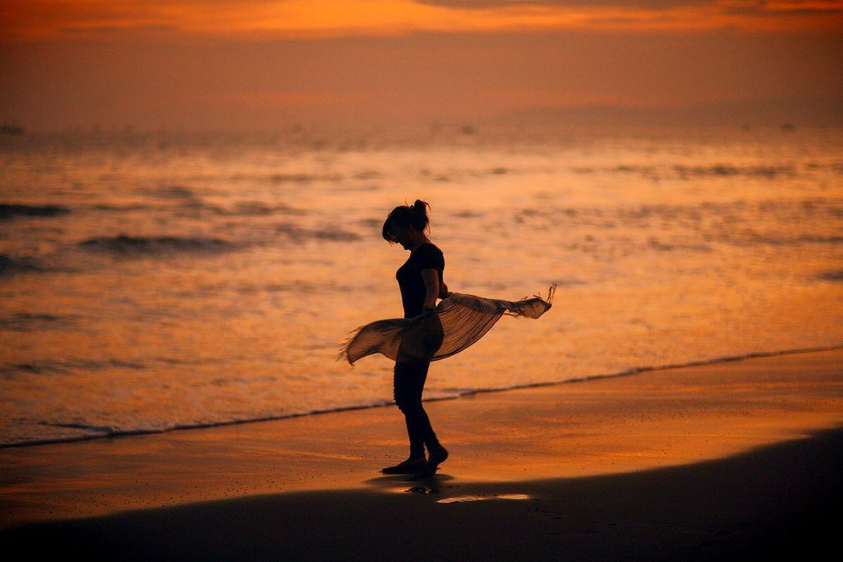 Dancing on the beach.... Exploresukabumi Sunset Beachphotography PelabuhanratubeachIndonesia