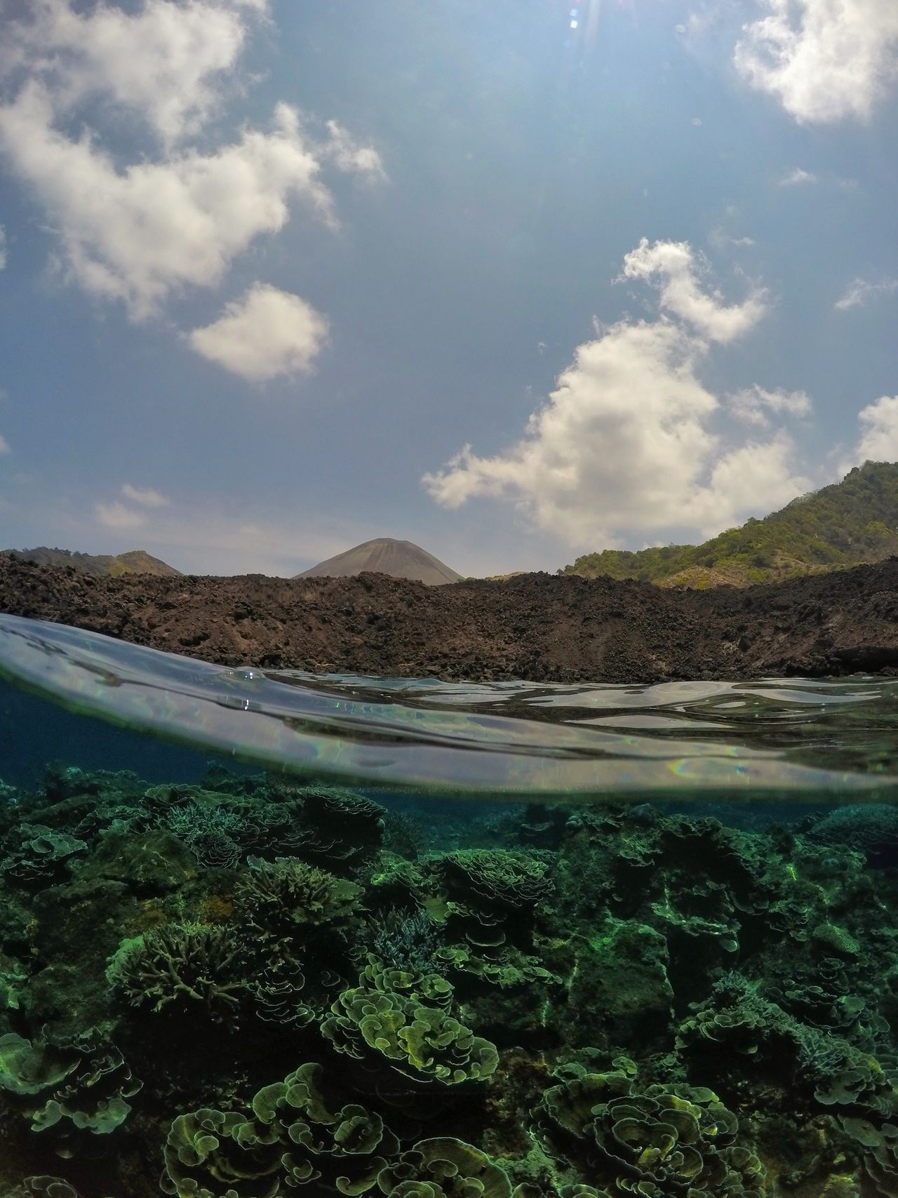 Water Nature Landscape No People Outdoors Beauty In Nature Freshness Oceanlifestyle Oceaninspiration Goprooftheday The Great Outdoors - 2016 EyeEm Awards Coral Reef Scuba Diving Volcano India The Essence Of Summer Check This Out UnderSea Protecting Where We Play Splitshot