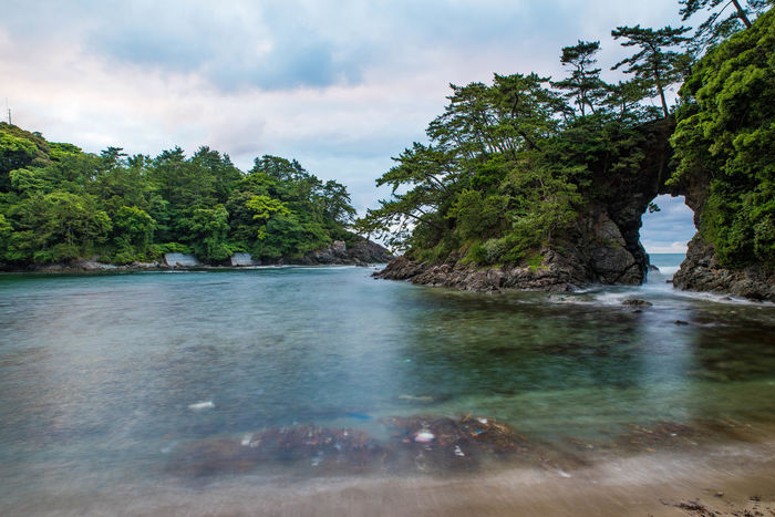 Water Tree Nature Cloud - Sky Landscape Tranquility Outdoors Beauty In Nature Scenics No People Day Sky Hot Spring 明鏡洞 HRD Effects HDR HDR Collection Water_collection Sea Beach Beauty In Nature Nature