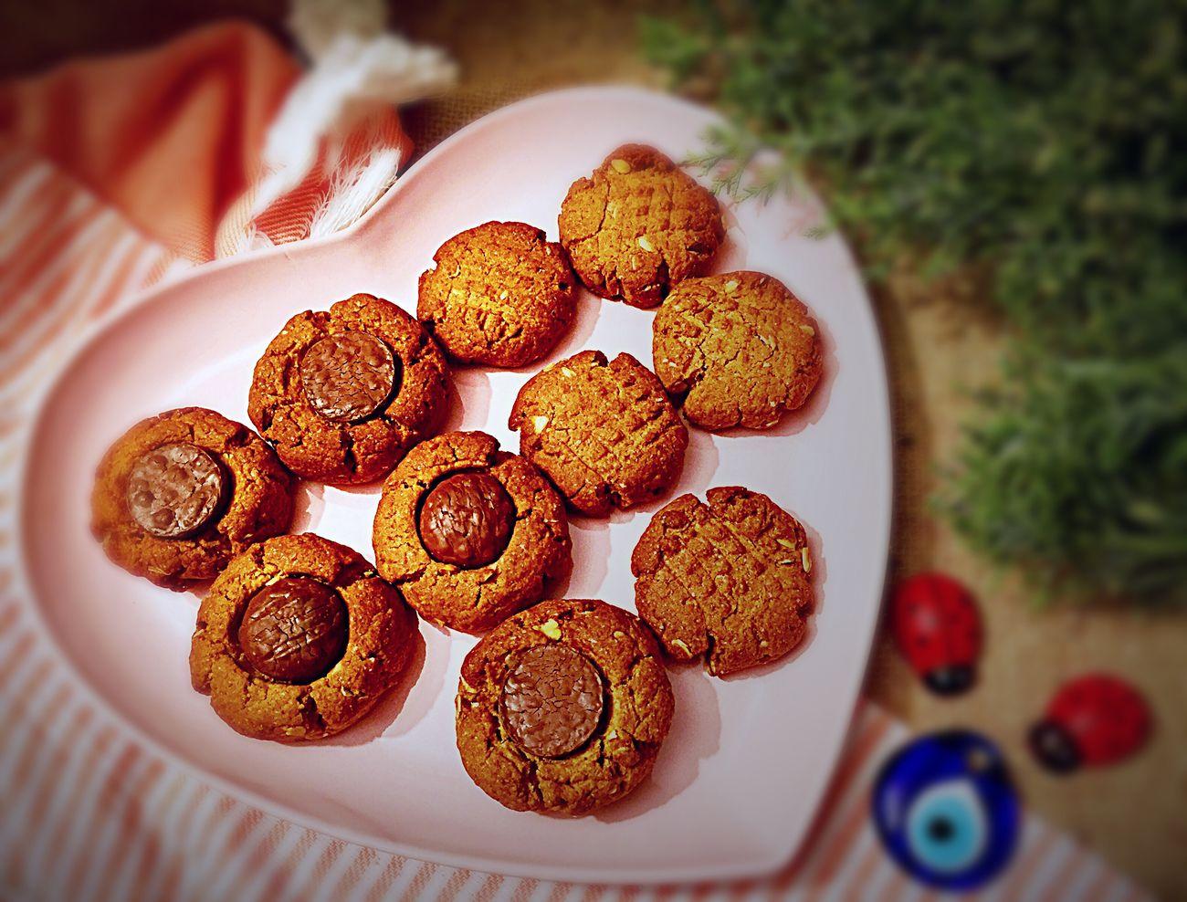 Ağızda dağılan enfesss kurabiyeler 🍪 ister çayla ister kahveyle yada bi' bardak sıcak sütle nefis 😋 oluyor 😍👍🏿 Food SevinçinLezzetDefteri SevinçYiğitArabacı EyeEm Gallery EyeEm Best Shots Foodphotography Cookies Yummy Like4like Dessert Istanbul Turkey Delicious Kurabiyecanavarı Kurabiye LezzetKüpü JoysTasteBook