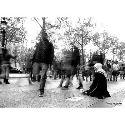 Paris Streetlife Streetphotographyparis Streetphotography Street Paris Olympus