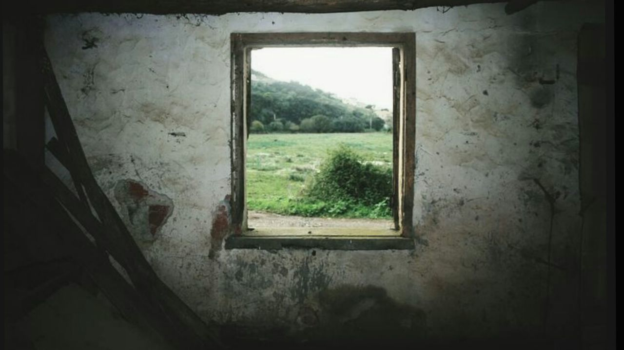 Window Indoors  Built Structure No People Architecture Silence Window View Windows Indoors  Sadness Walking Around Darkness And Light Inside Out Messages From The Other Side Discovering Darkness Canoneos550d The Great Outdoors - 2016 EyeEm Awards First Eyeem Photo Eyem Best Shots EyeEm Best Shots Inside Things Inside Photography Prison Day First Eyeem Photo