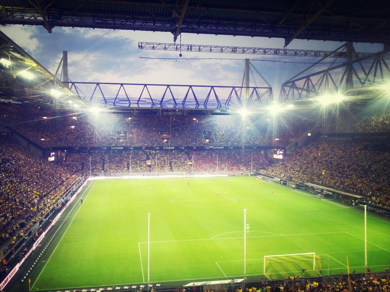 BvB Signal Iduna Park Supercup FCB