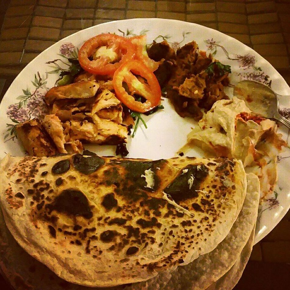 Dinner after workout... Salmon Humus Kabab Tomato Mintleaves Springonions Tortillas ... made by self in 20 minutes.
