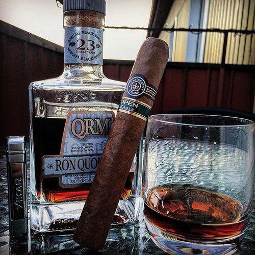 MonteCristo  Openeagle Ronquorhum Cigar Weekend Boss Botl Cigarobsession Cigaraficionado Cigar Lovetheleaf Leafsoldier Cigarsocial Cigarsociety Cigartime Sotl Brotheroftheleaf Cigarlove Sweden Nowsmoking Cigar Cigars Cigarlife Cigartime