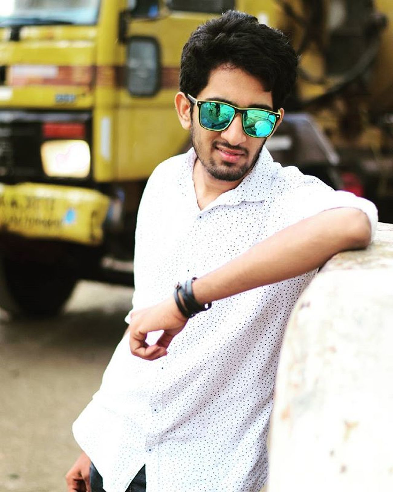 Funtimes Throwback Rayban Pic_captured : @manohartemper